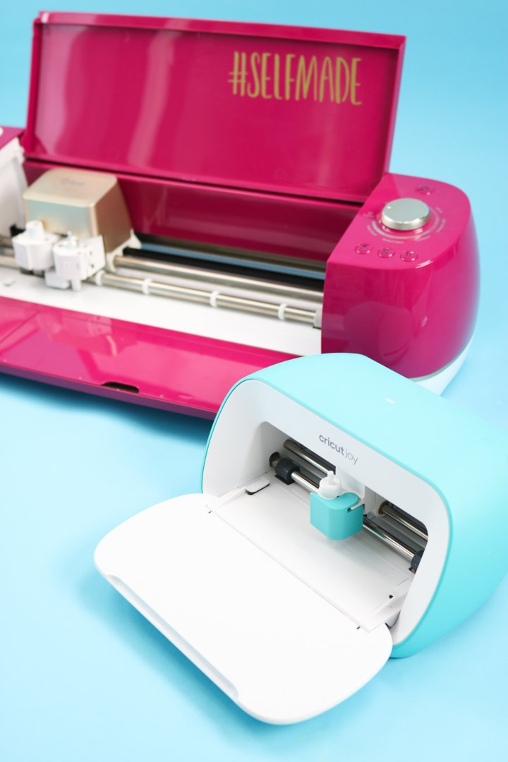 cricut joy next to cricut explore air 2