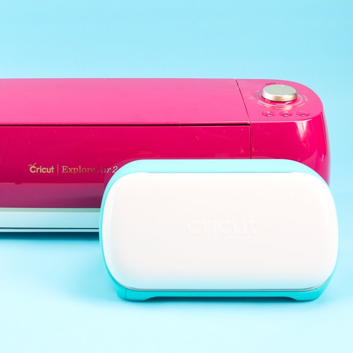 cricut joy next to cricut explore