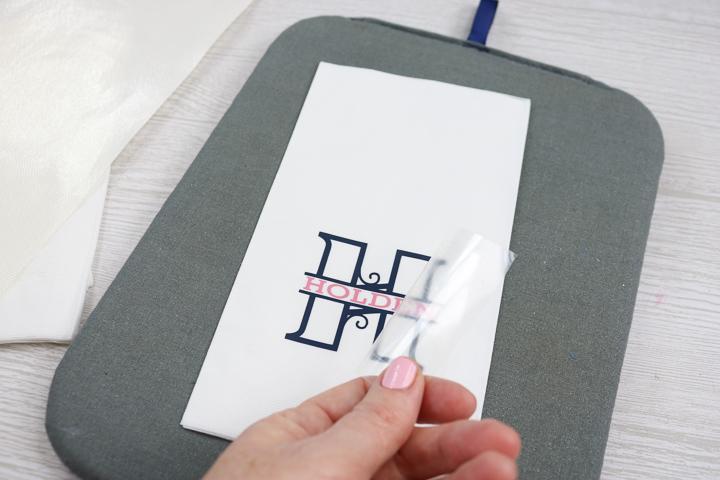 napkins with cricut iron on