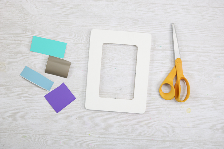 how to embellish a picture frame