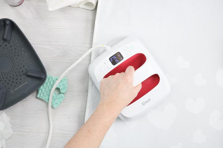 ironing freezer paper onto fabric