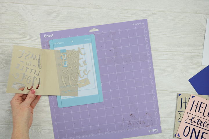 using card mat in cricut maker