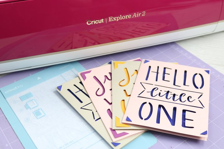 how to use the card mat on the cricut explore and maker