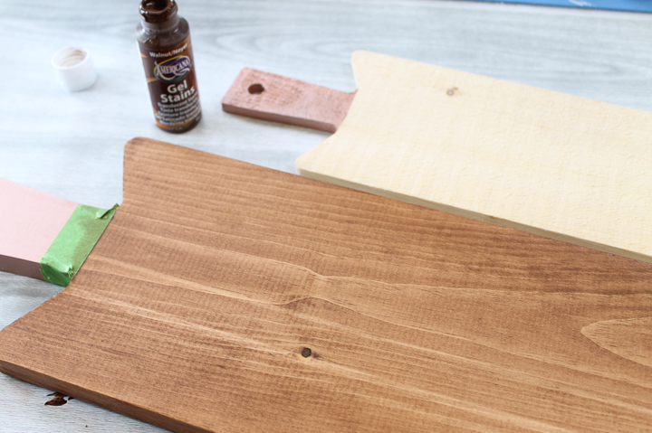 how to stain a bread board