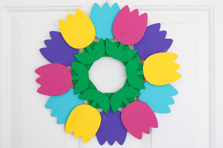gorgeous spring wreath