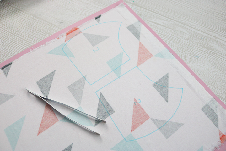 removing cut pieces from the cricut fabric mat