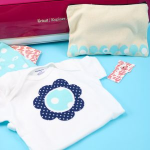 how to cut scrap fabric on a cricut