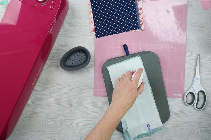how to put interfacing on fabric