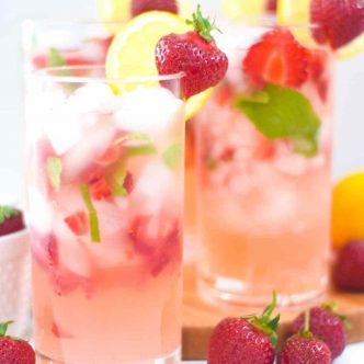 strawberry lemonade with mint