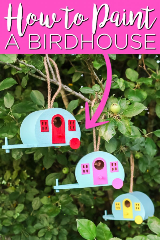 Learn how to paint a birdhouse camper for your home! These colorful birdhouses will make a big statement and have the birds coming back again and again! #birdhouse #outdoors #garden #patio #porch #birdlover