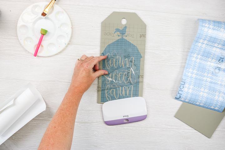 applying stencil vinyl using transfer tape