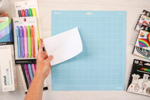 drawing with sublimation markers in a Cricut