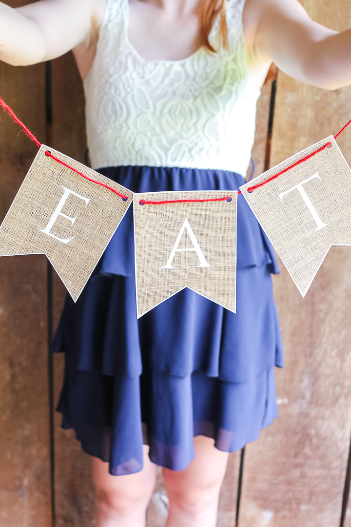 Printed burlap banner for a wedding table