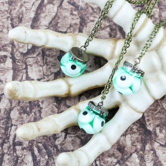 eyeball halloween necklace