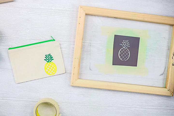pineapple zipper pouch silk screen