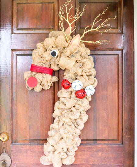 christmas reindeer wreath