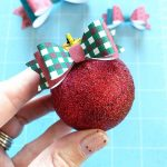 Make Mini Paper Bows with Your Cricut