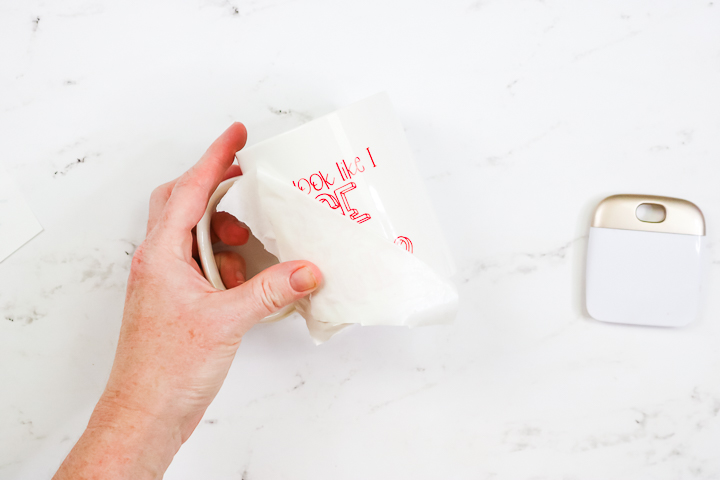 adding red vinyl that changes colors to a mug