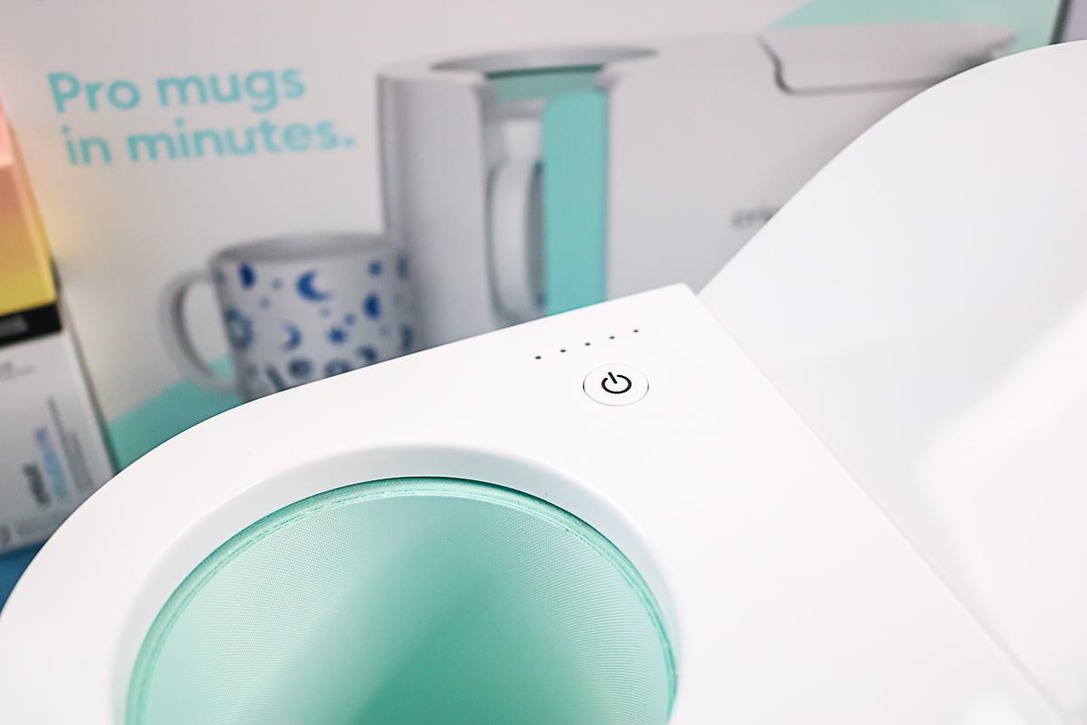 power button and lights on a mug press