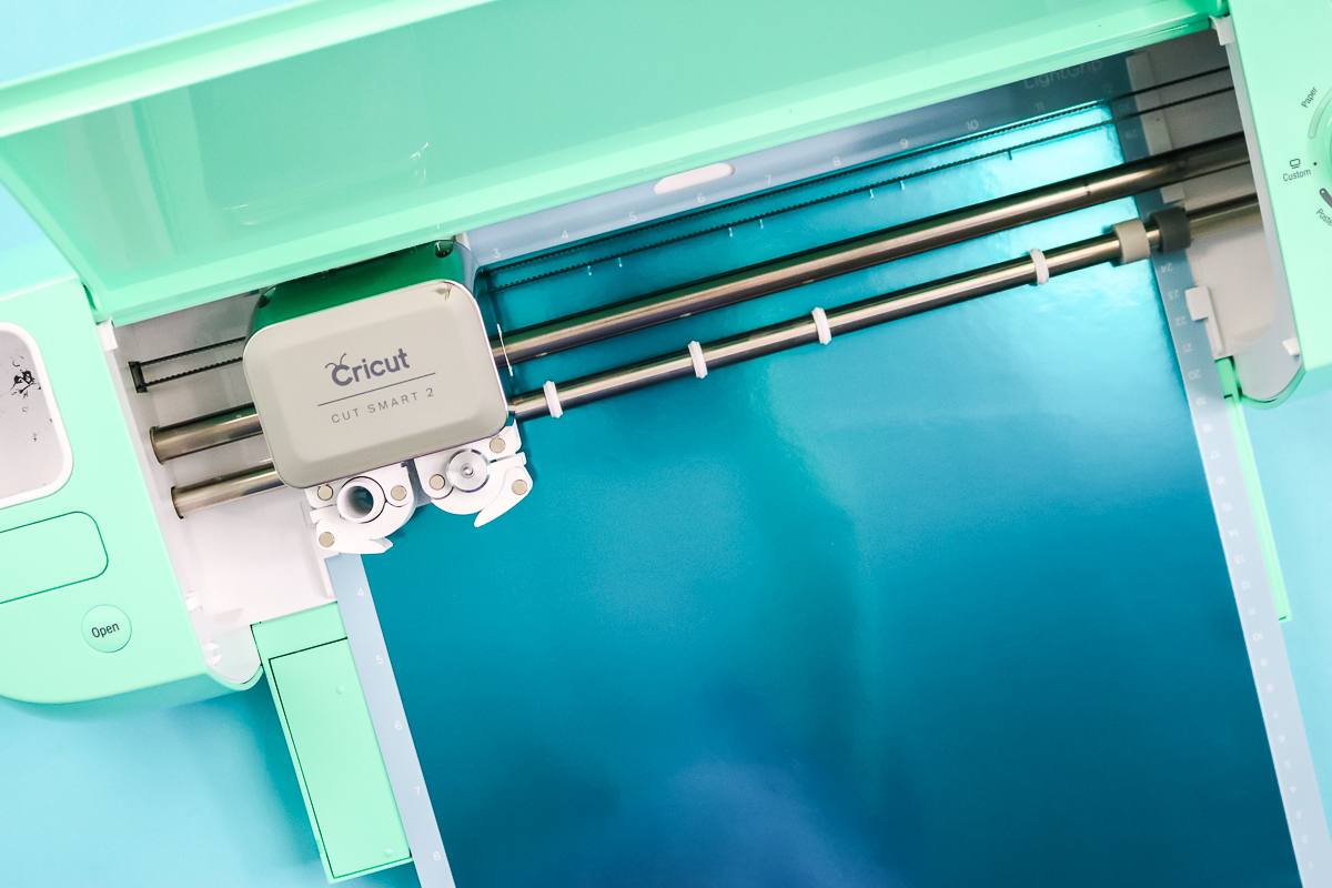 cutting foil posterboard with a cricut machine