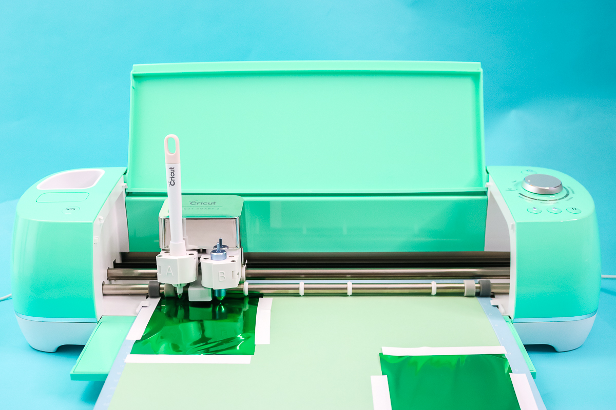 how to add foil lines on a cricut machine