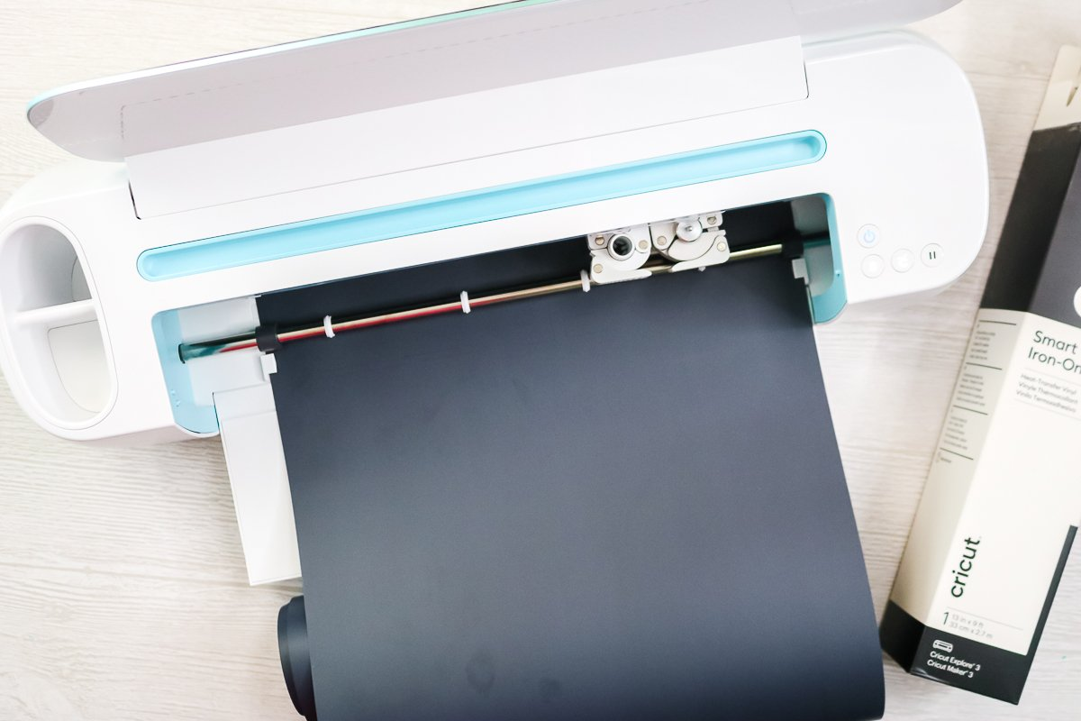 using cricut maker to cut smart materials