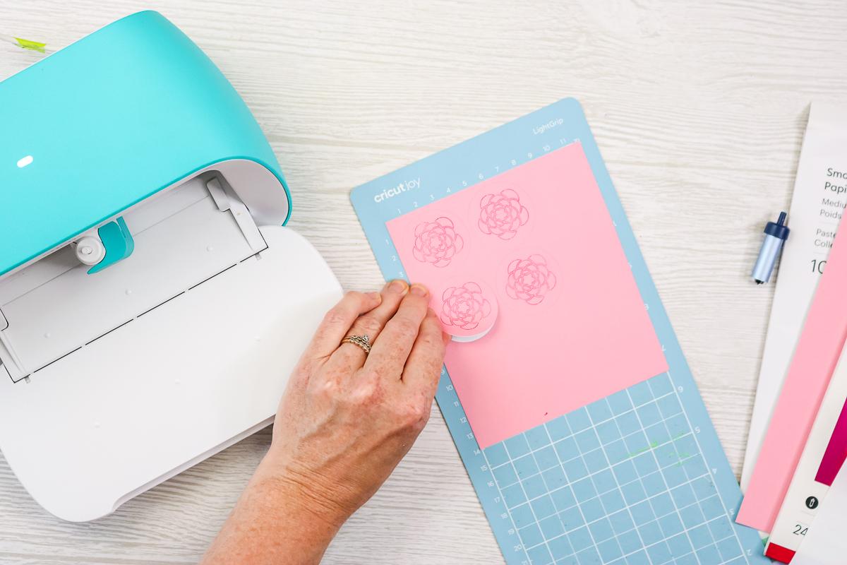 cricut joy stickers with foil tool