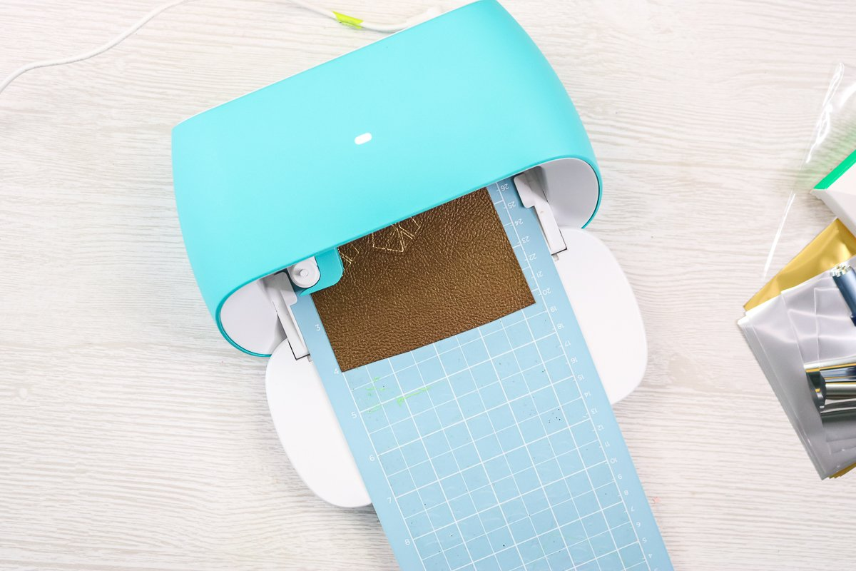 cutting faux leather with the cricut joy