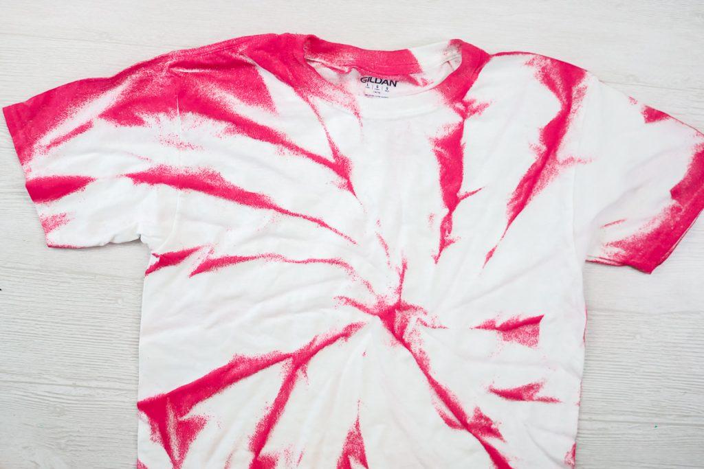swirl tie dye with paint