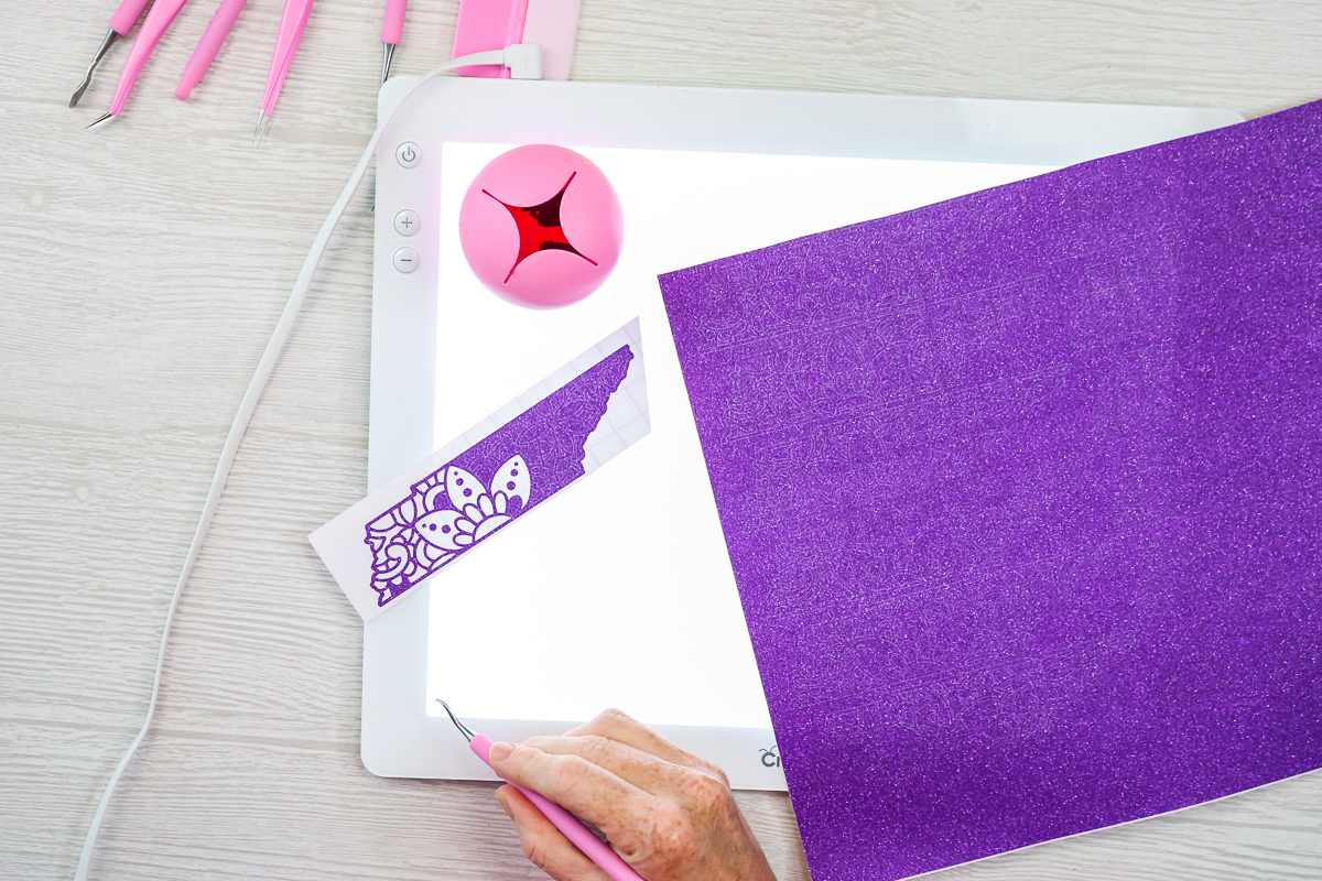 is the cricut brightpad surface scratch resistant
