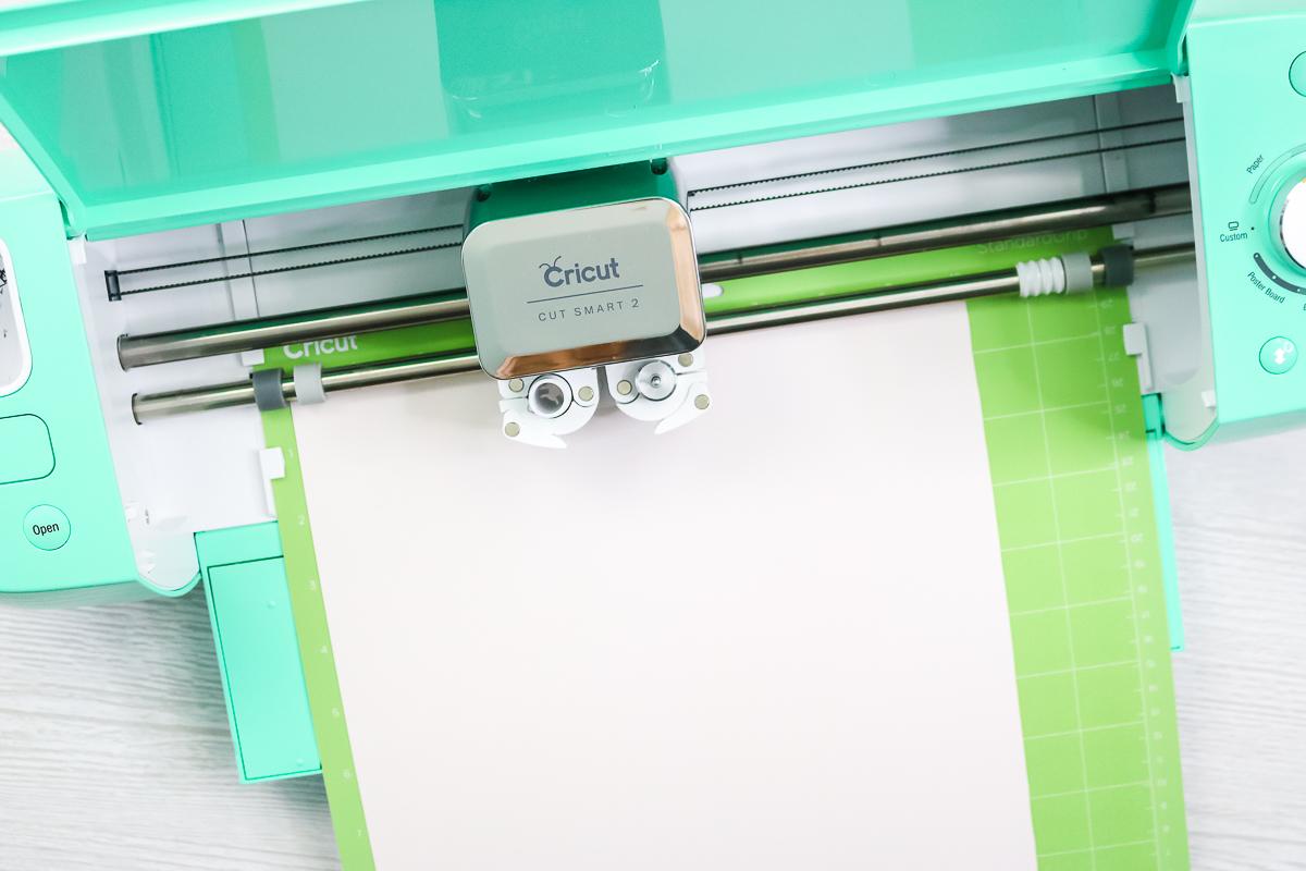 cricut machine cutting 3d puff htv