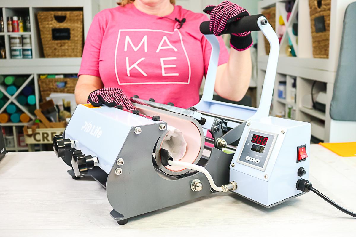 opening tumbler press