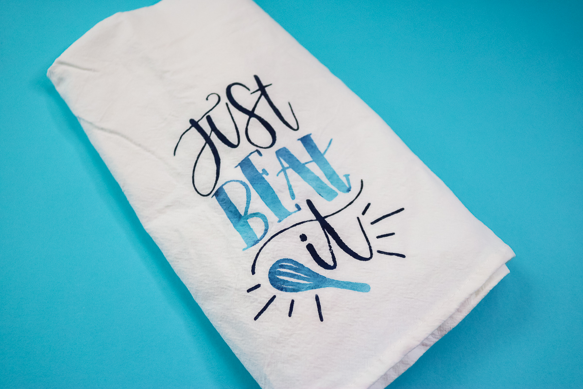 making kitchen towels with a cricut