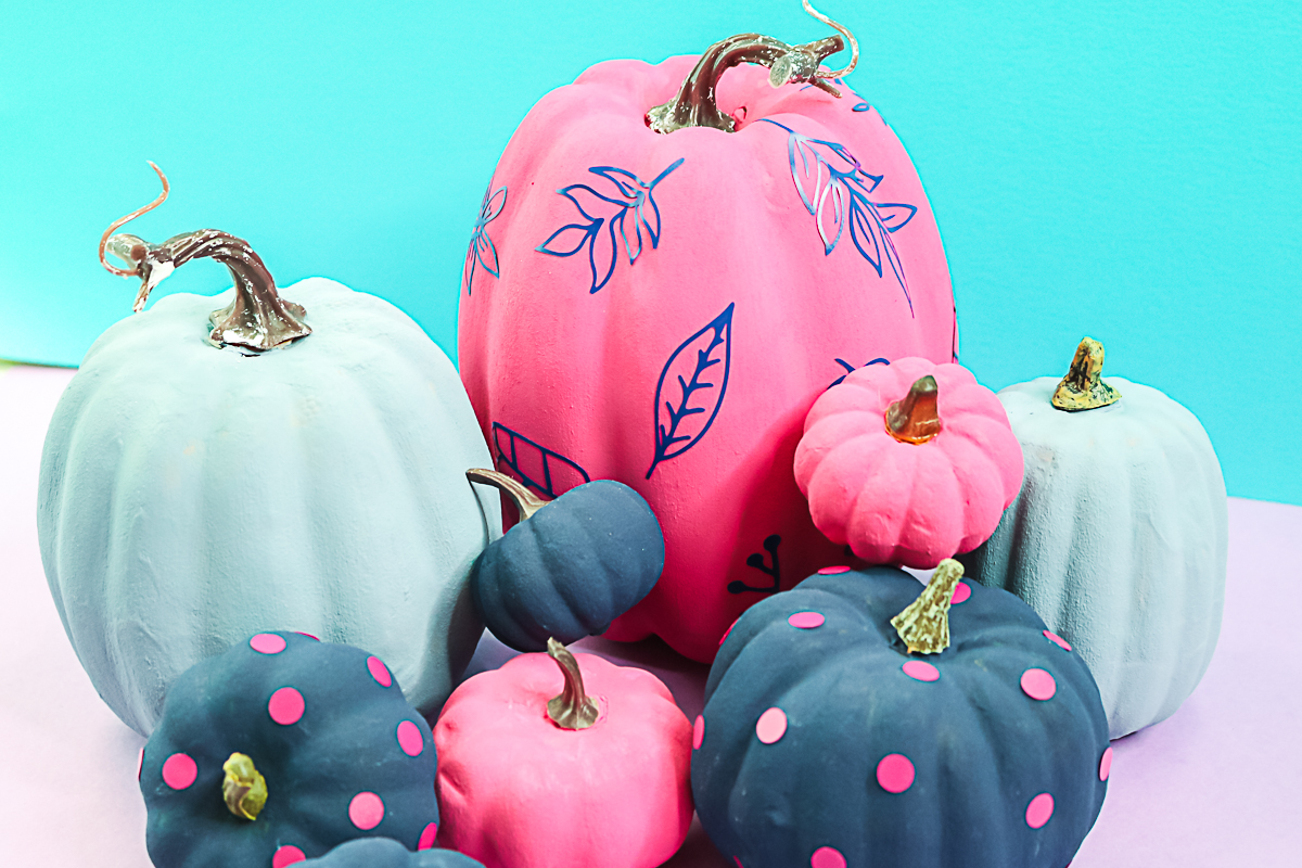 baking soda paint on pumpkins